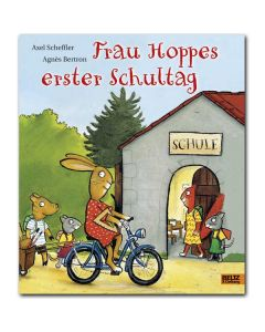 67451000 - Frau Hoppes erster Schultag